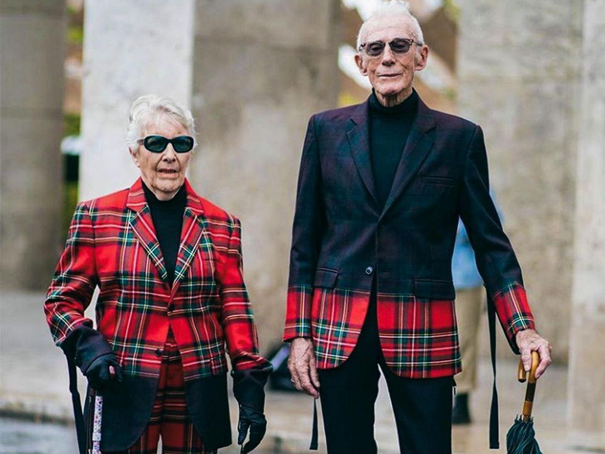 Пожилые супруги прославились во время Парижской недели моды благодаря своим нарядам