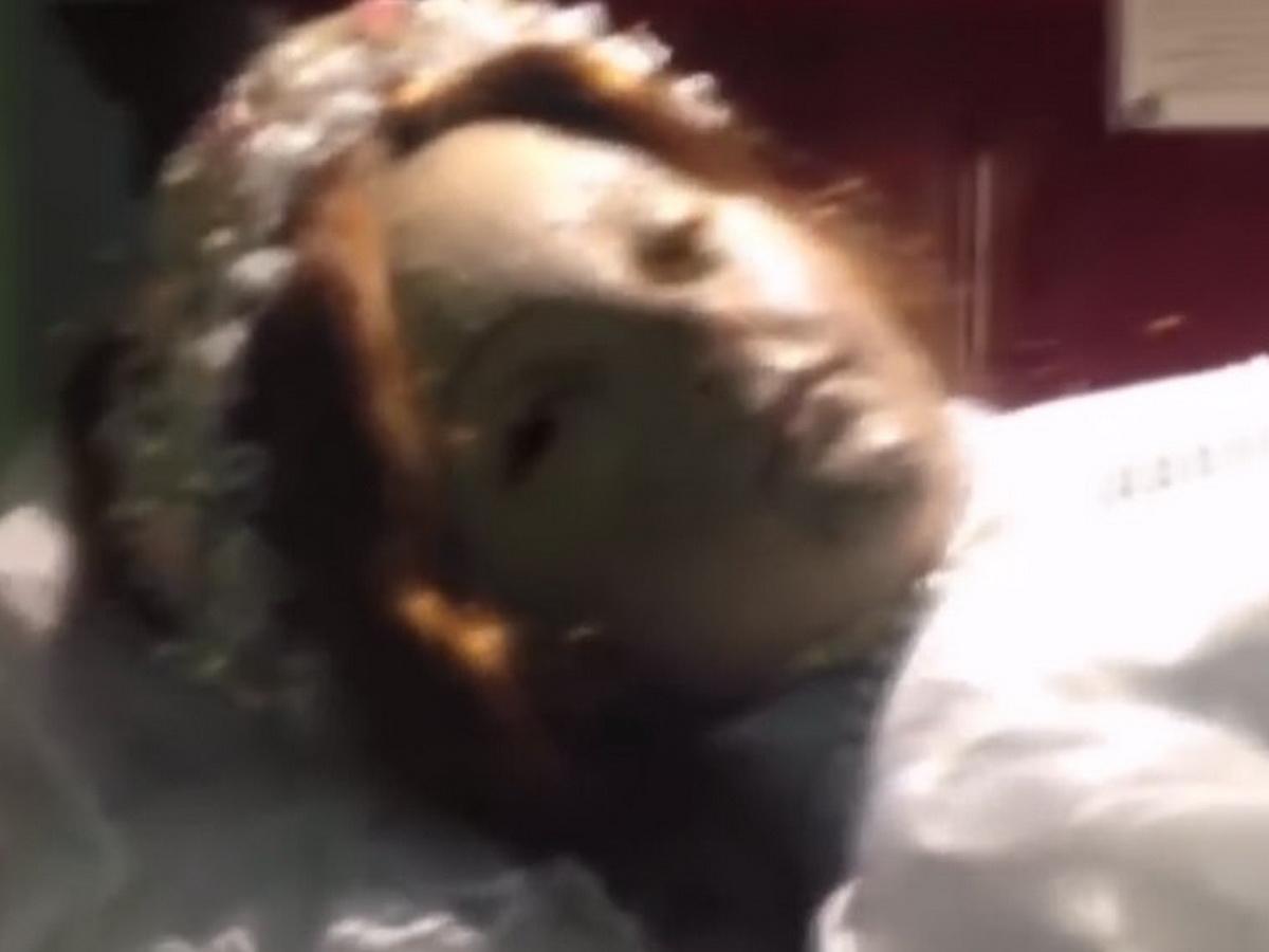Мумия девочки открыла глаза
