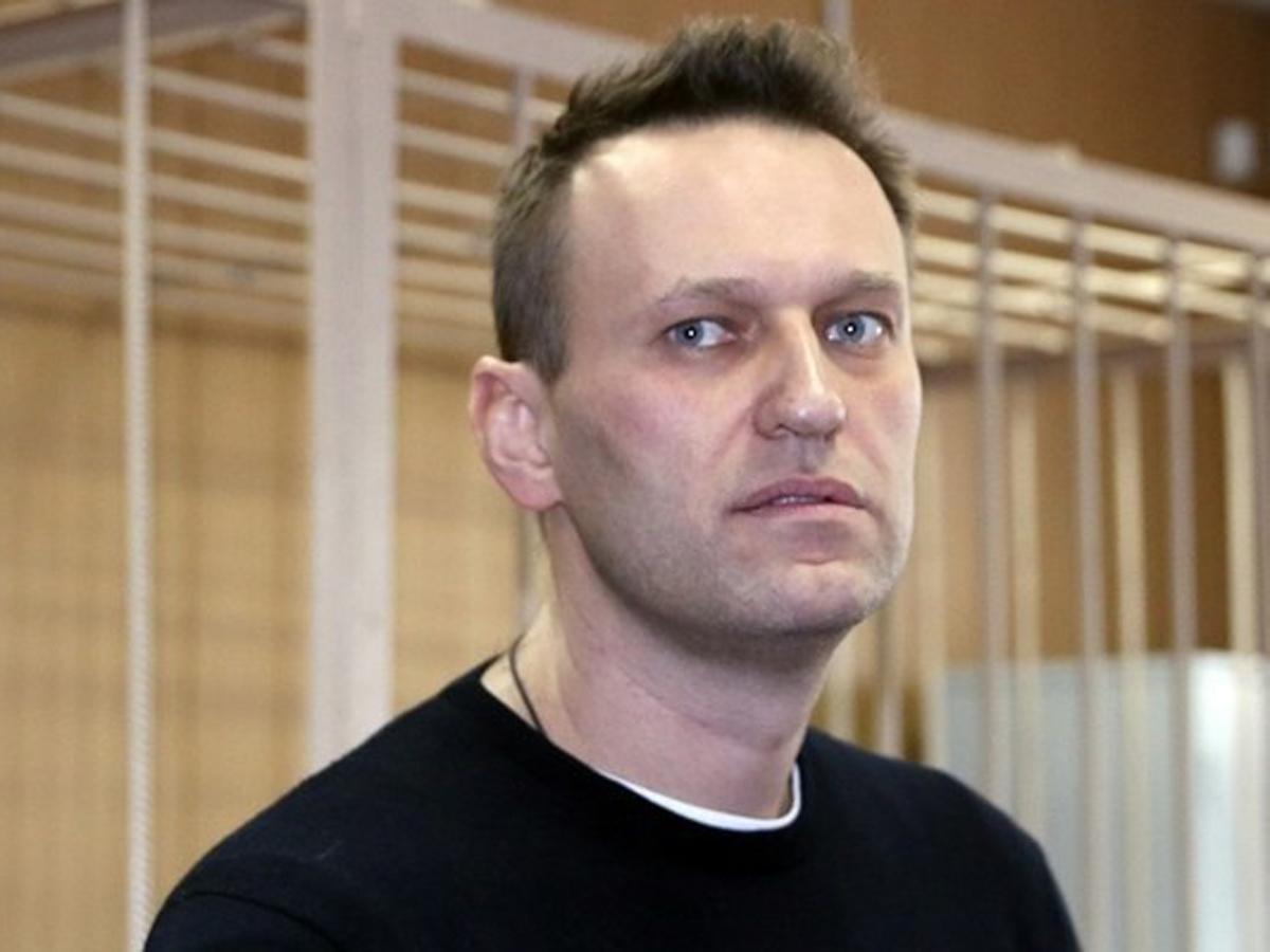 Навального в медико-санитарную часть