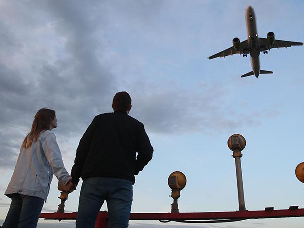 Решение РФ по отмене авиасообщения с Турцией шокировало бизнес: свыше 500 тысяч россиян запланировали там отдых