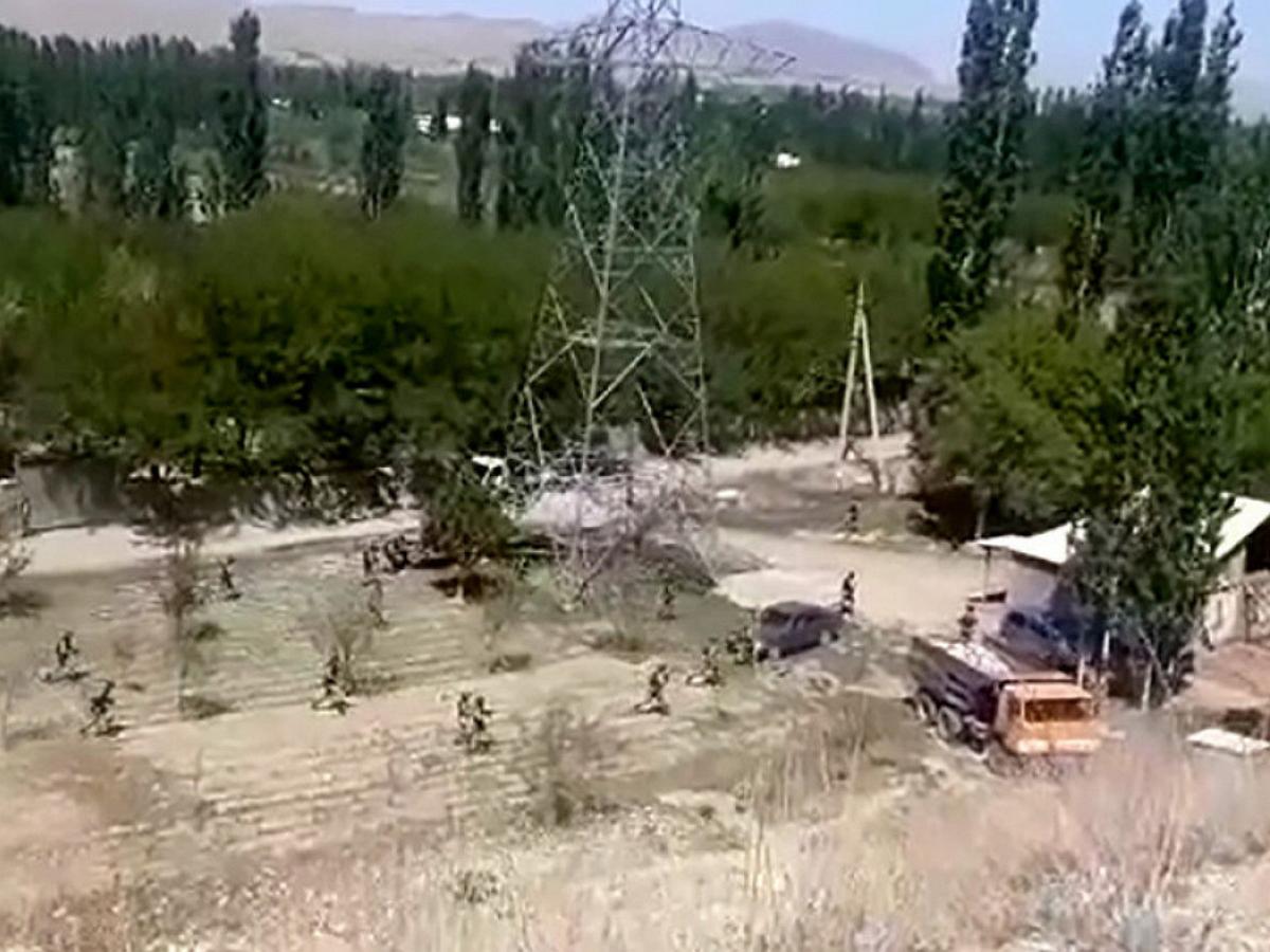 Бой на границе Таджикистана и Киргизии попал на видео