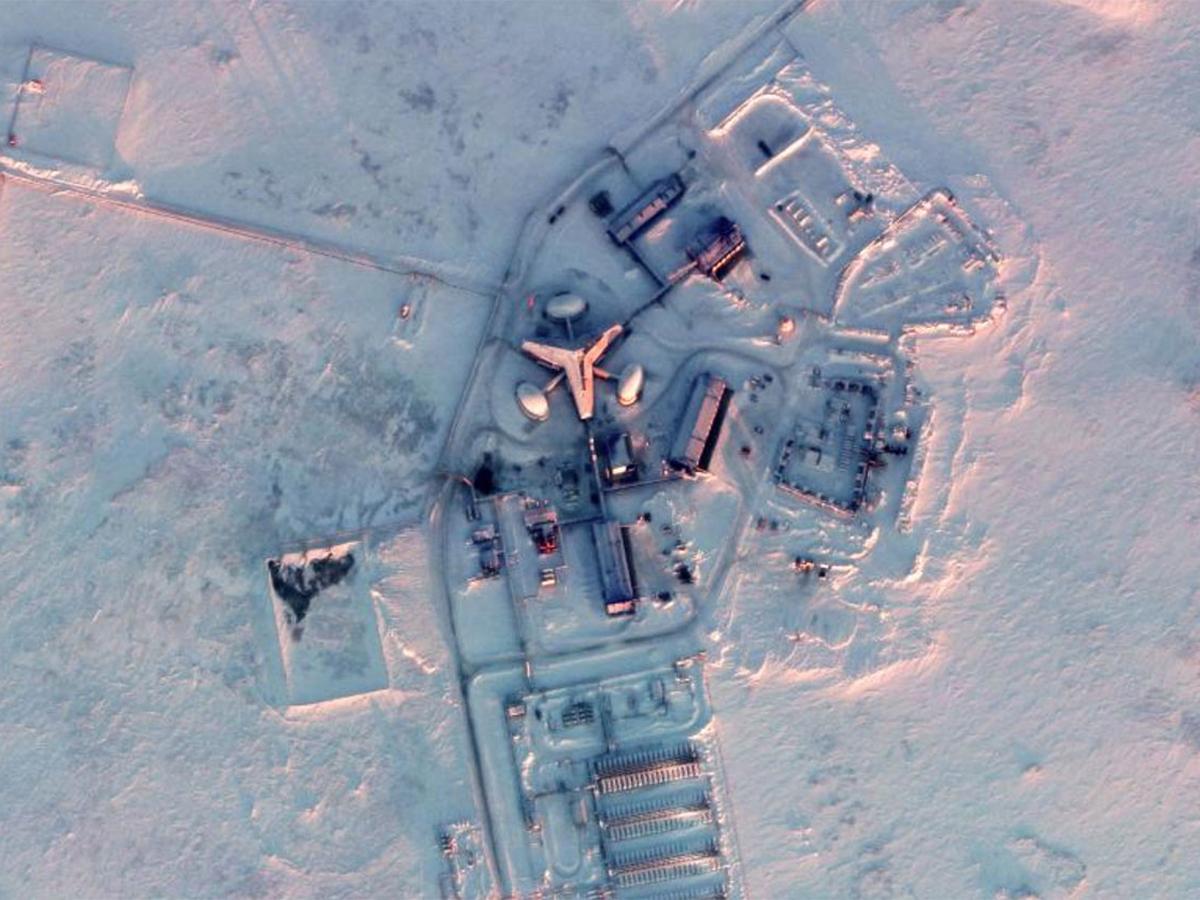"""СМИ: Россия размещает в Арктике оружие, способное вызвать """"радиоактивное цунами"""""""