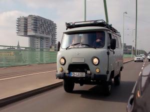 Пара из Германии объехала полмира на УАЗе и собрала 37 тысяч просмотров