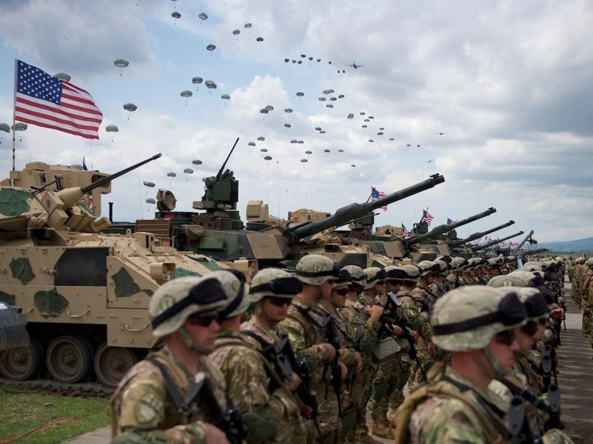 """""""Никто нас не будет защищать"""": экс-глава СБУ предрек Украине потерю территорий из-за НАТО"""