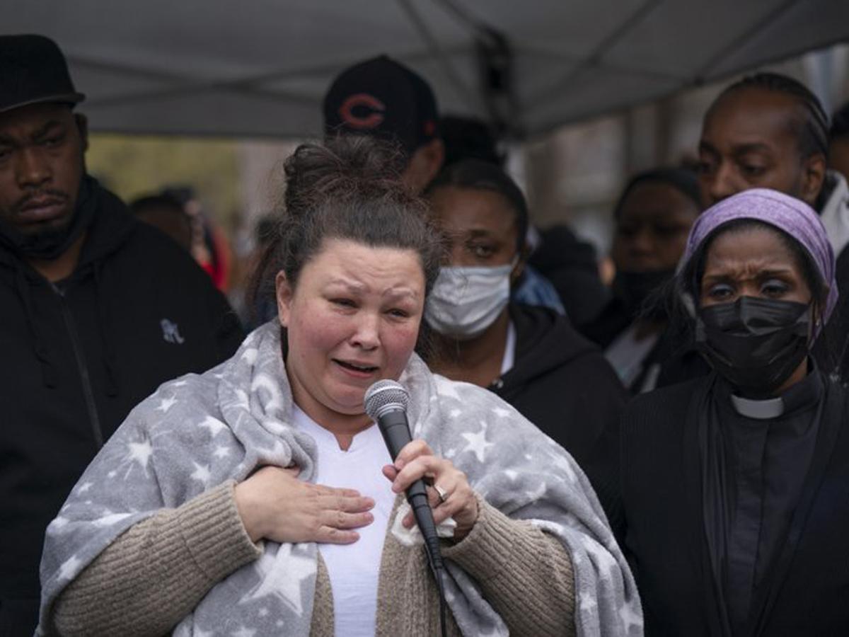 В Миннеаполисе полицейская убила афроамериканца