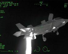 Взлёт истребителя показали в объективе тепловизора