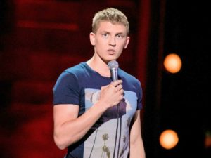 Звезда стендапа Алексей Щербаков попал в скандал из-за шутки над женщиной