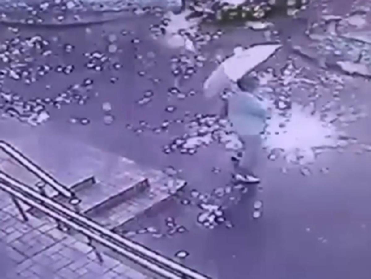 Дождь из искр