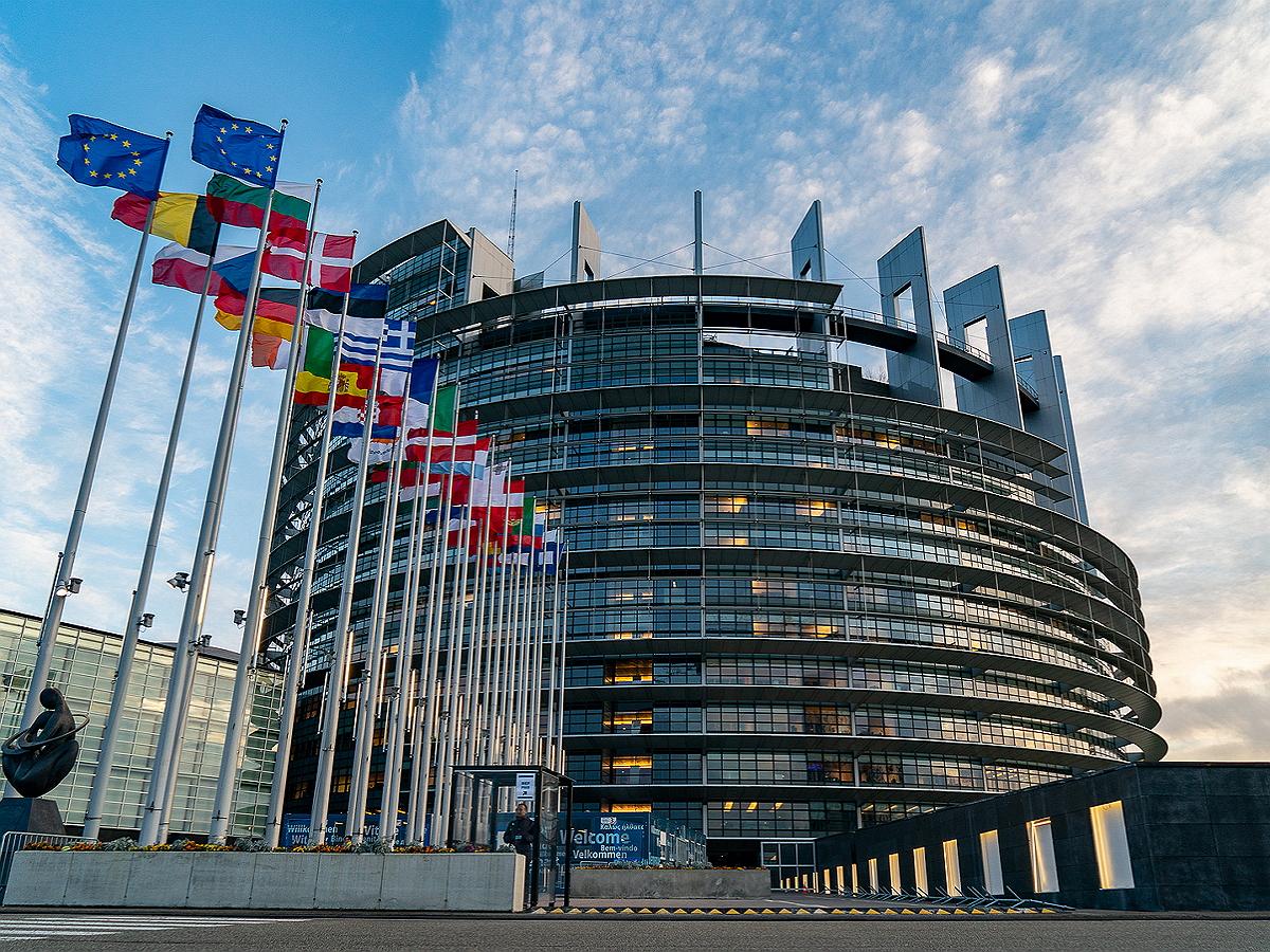 В Европарламенте сформулировали принципы по работате с Россией в долгосрочной перспективе