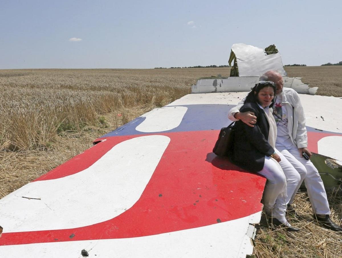 Рентгену тела пилота рейса MH17 раскрыл правду о взрыве на борту