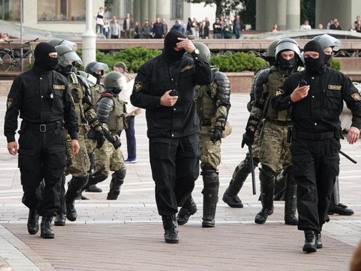 Лукашенко запретил журналистам освещать митинги в режиме реального времени