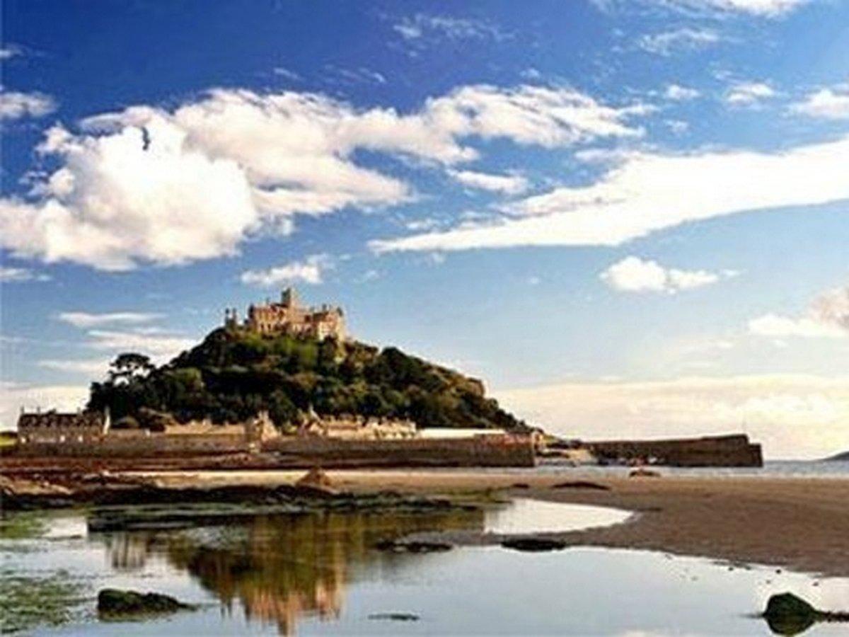 нимание, работа мечты! Смотритель для старинного замка на острове в Англии