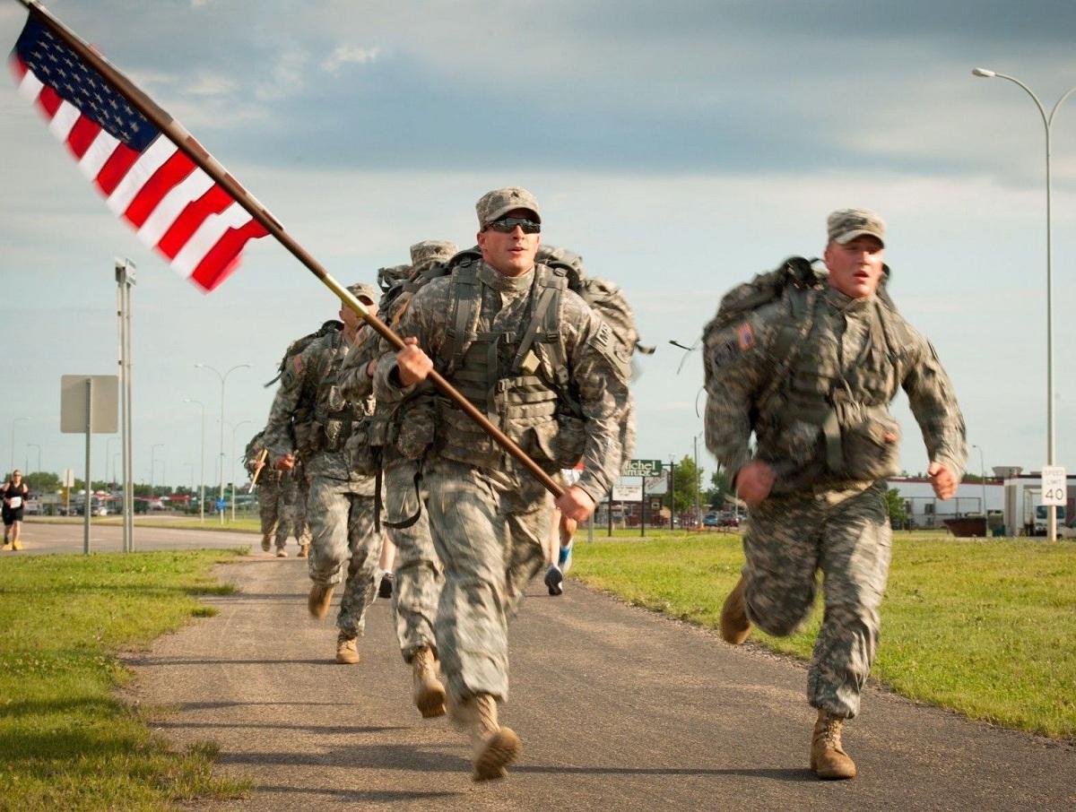 Forbes: США бросает «дерзкий вызов» России, восстанавливая военную базу у границ