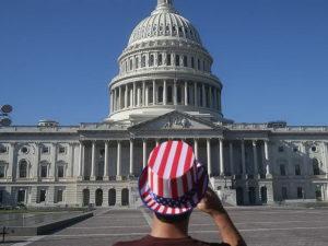 Опрос враг демократии