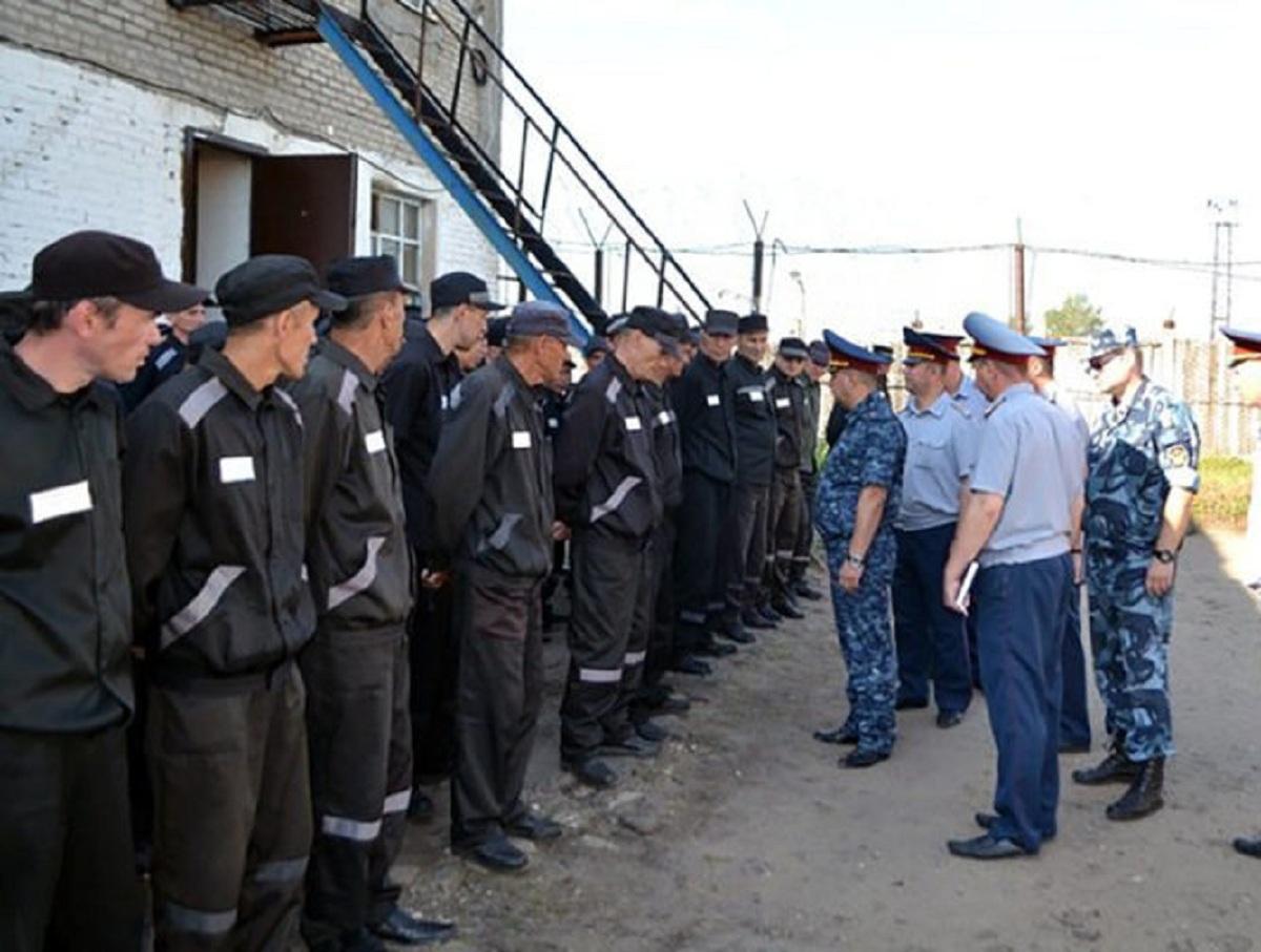 ФСИН пришлось оправдываться за зарплаты заключенным в 200 тысяч