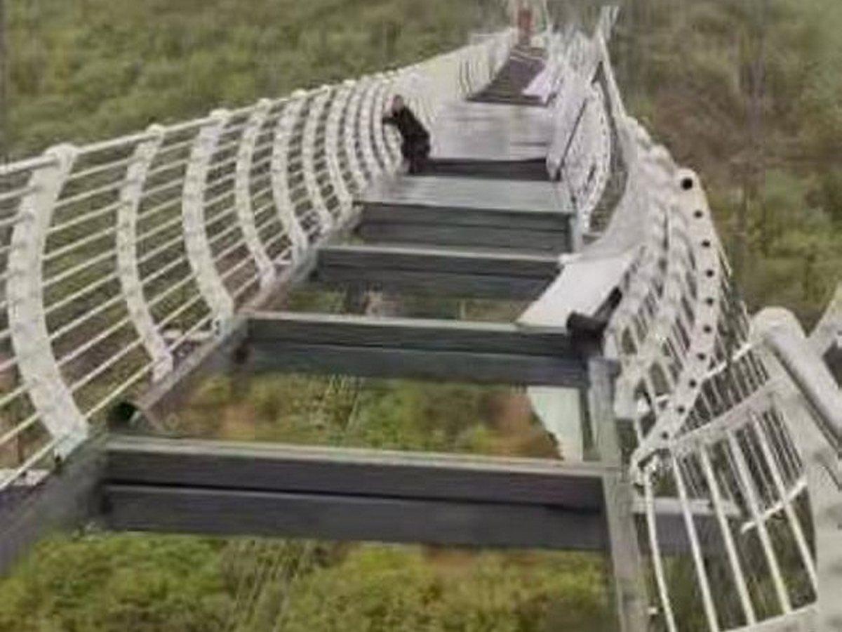 Турист, пожелавший справиться со страхом высоты, пережил настоящий ужас