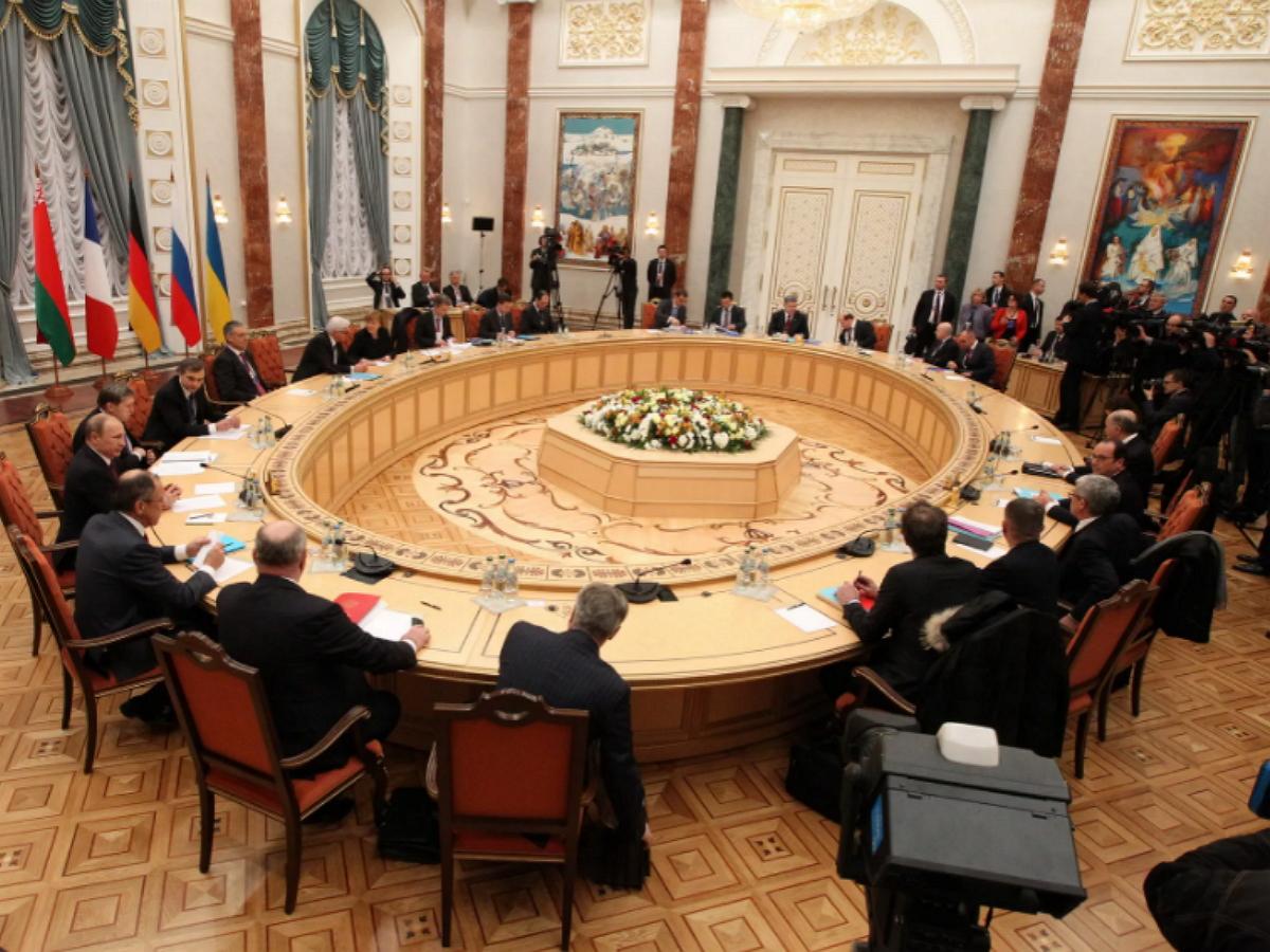 В Киеве заявили о резкой смене поведения России на трехсторонних переговорах по Донбассу