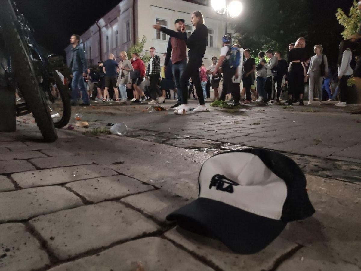 Многодетной паре из Пинска дали 6 лет колонии за участие в акции против Лукашенко: на свободе у них остались 5 детей