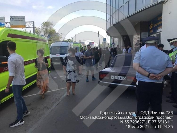 В Москве дрифтер-подросток на ВАЗе сбил шестерых студентов