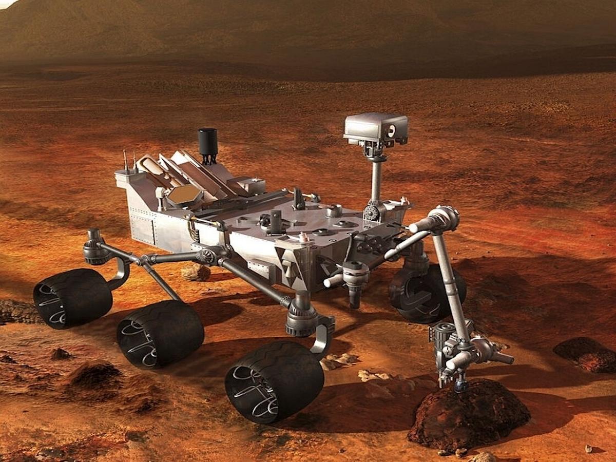 Китайский марсоход прислал первые кадры с Марса