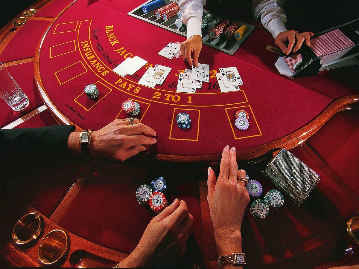 Монахиня украла несколько сотен тысяч долларов и потратила их на азартные игры