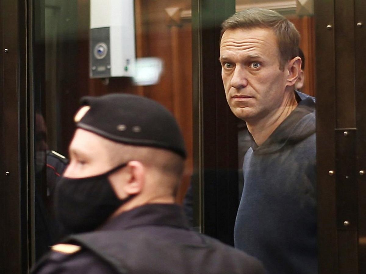 Сотрудник СИЗО заявил, что Навальный дважды говорил о побеге