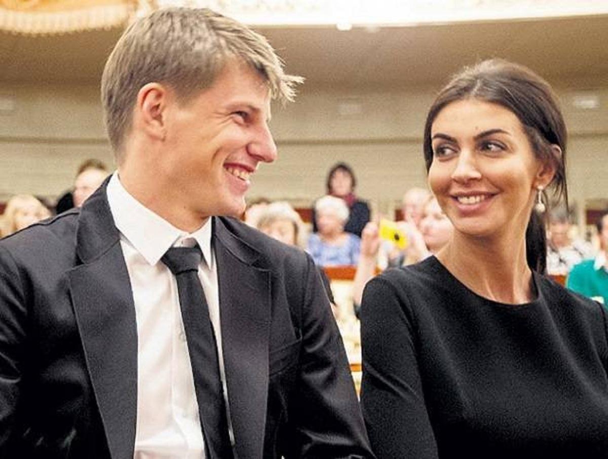 Мать Андрея Аршавина через суд отобрала дом у его экс-жены и детей