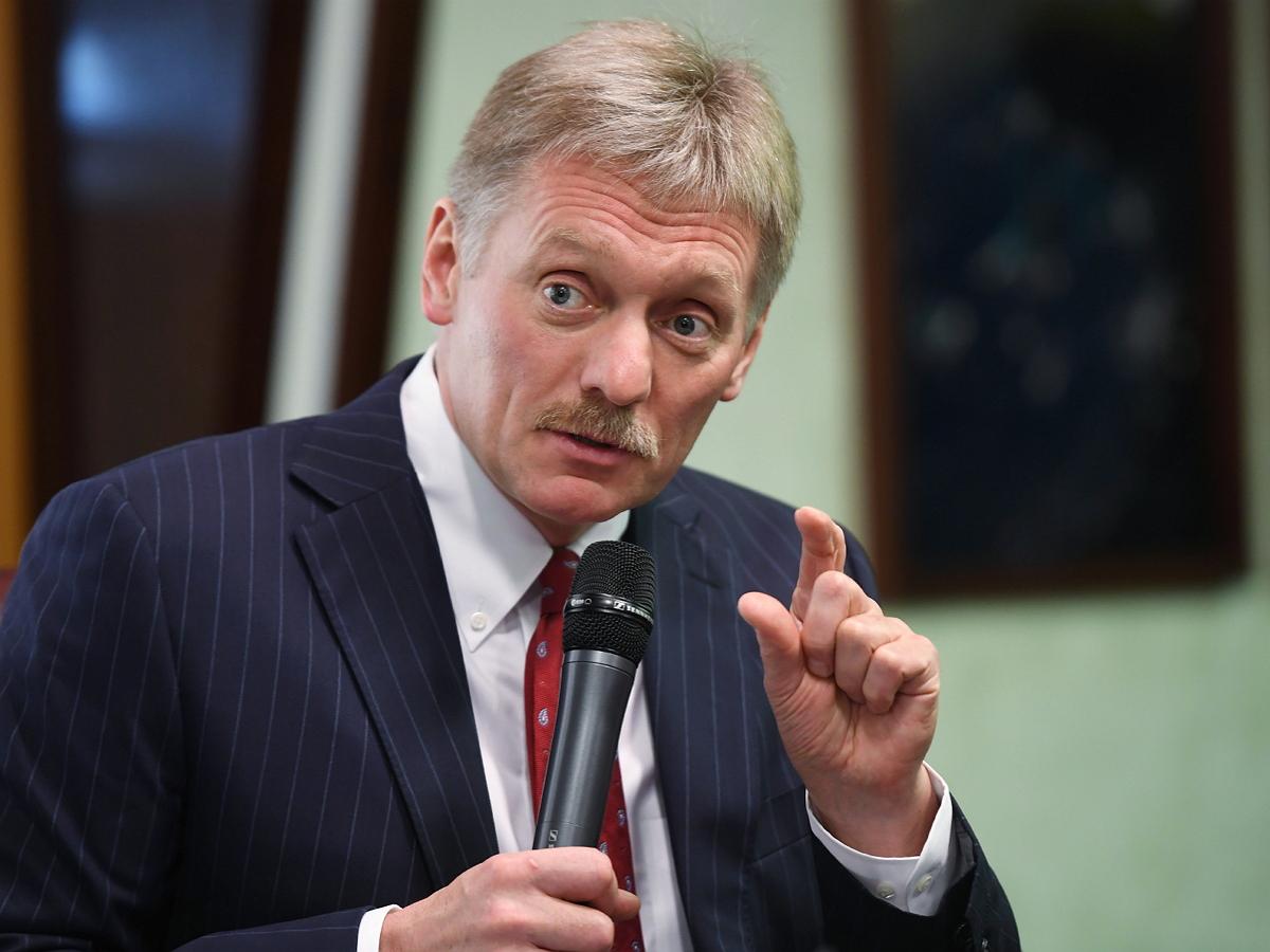 """""""Все живет, все работает"""": Песков заявил, что помощь бизнесу в России сейчас не нужна"""