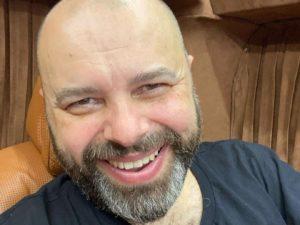 «Куда дели кожу?»: в Сети обсуждают свежее фото Макса Фадеева, похудевшего на 127 кг
