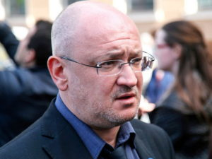 В Петербурге задержали депутата заксобрания Максима Резника