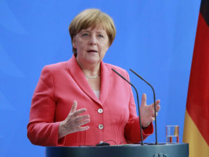Меркель о диалоге с РФ