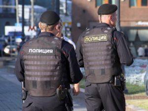 СМИ: чеченскую девушку, сбежавшую от семьи, насильно увезли из Дагестана