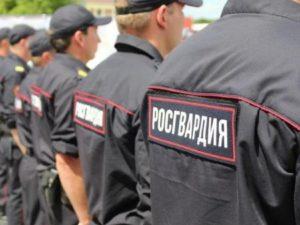 Пьяный прораб на Урале начал стрелять на детской площадке, и был задержан