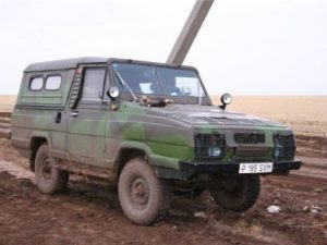 УАЗ показал фото уникального водоплавающего автомобиля «Ягуар»