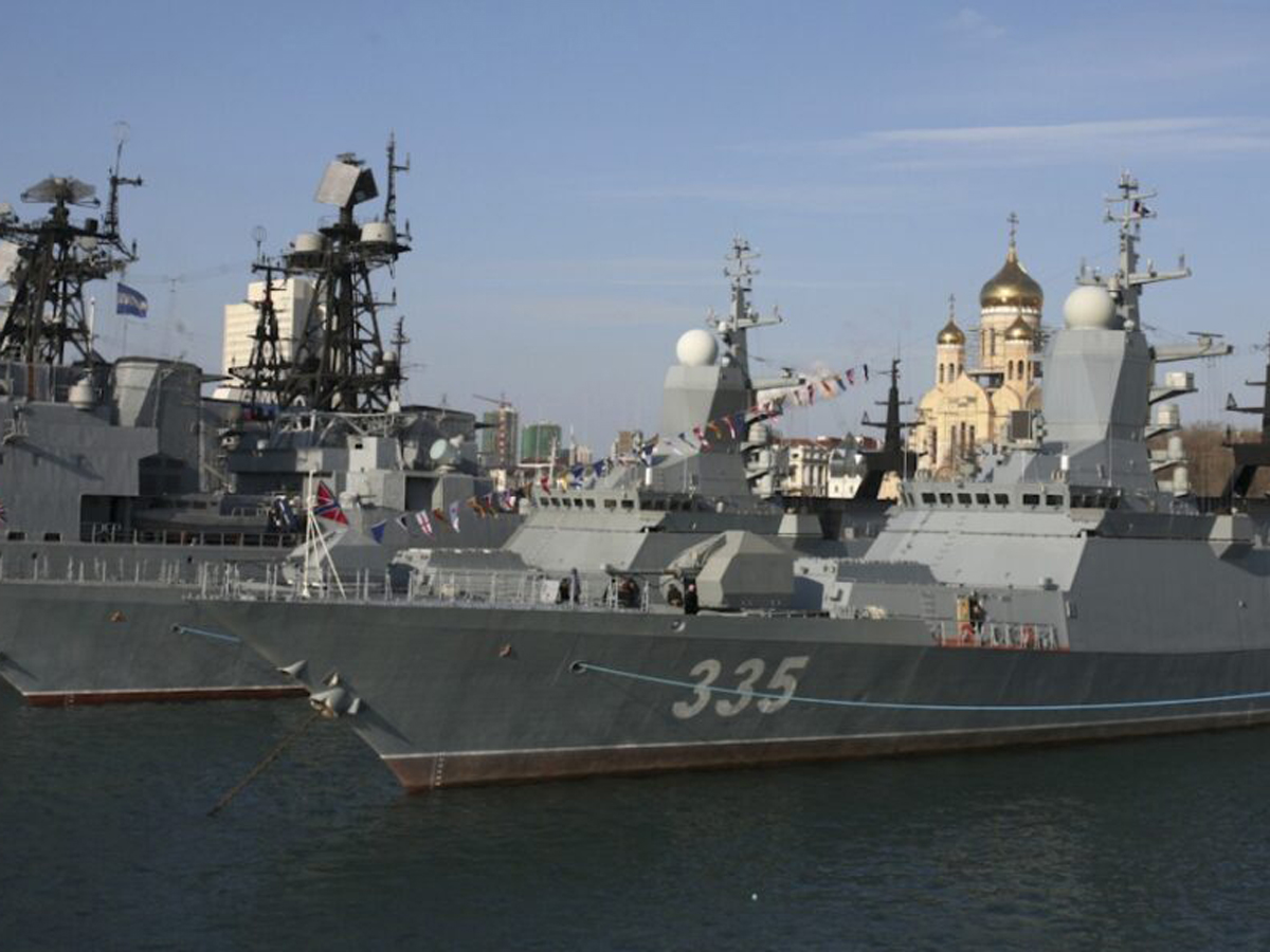 корабли ВМФ около Гавайев