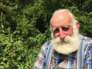 84-летний британец стал интернет-звездой