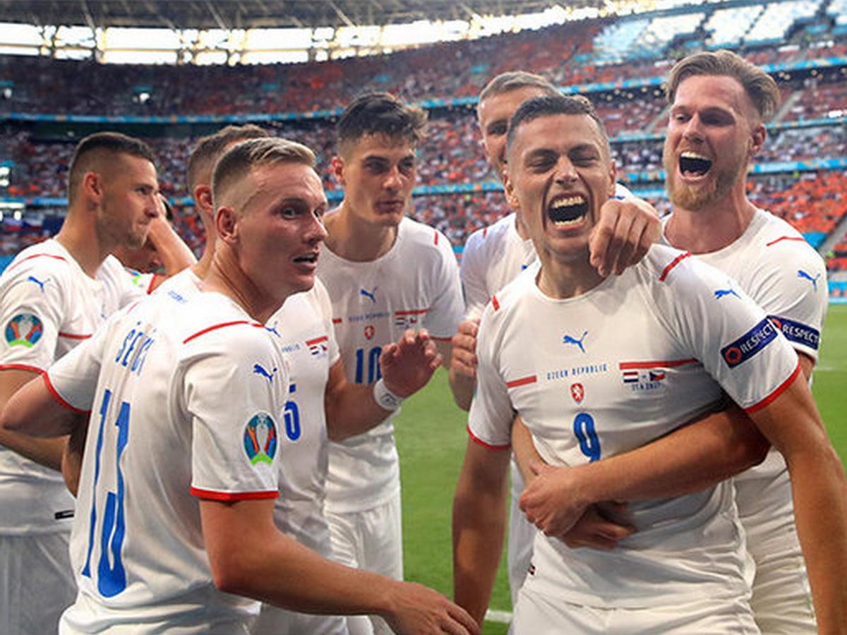 Дания победила Чехию на Евро