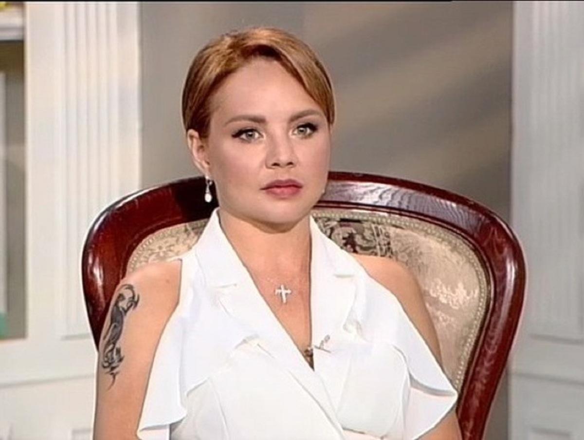 СМИ: певица МакSим пришла в себя и начала общаться знаками