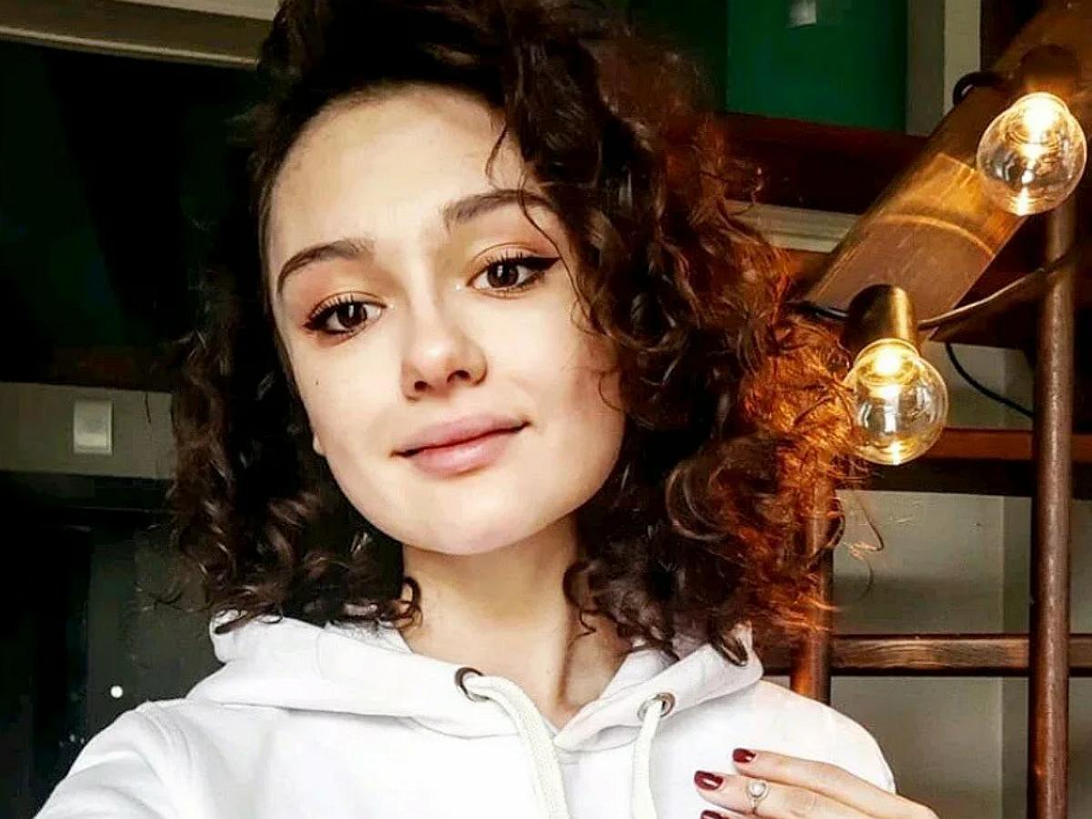 """""""Вся в мать!"""": дочь Толкалиной взбудоражила Сеть откровенным фото"""