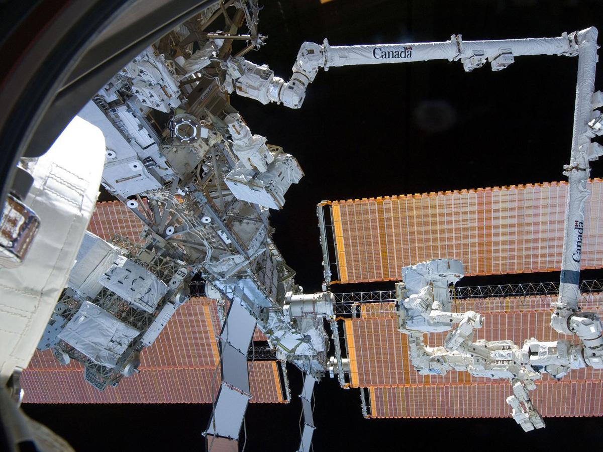США скрытно спутник с МКС