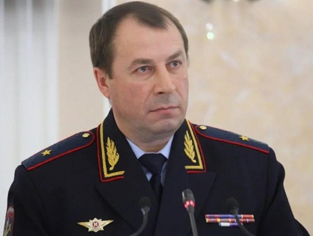 Обвиненного во взятках главу МВД Ставрополья отстранили от должности