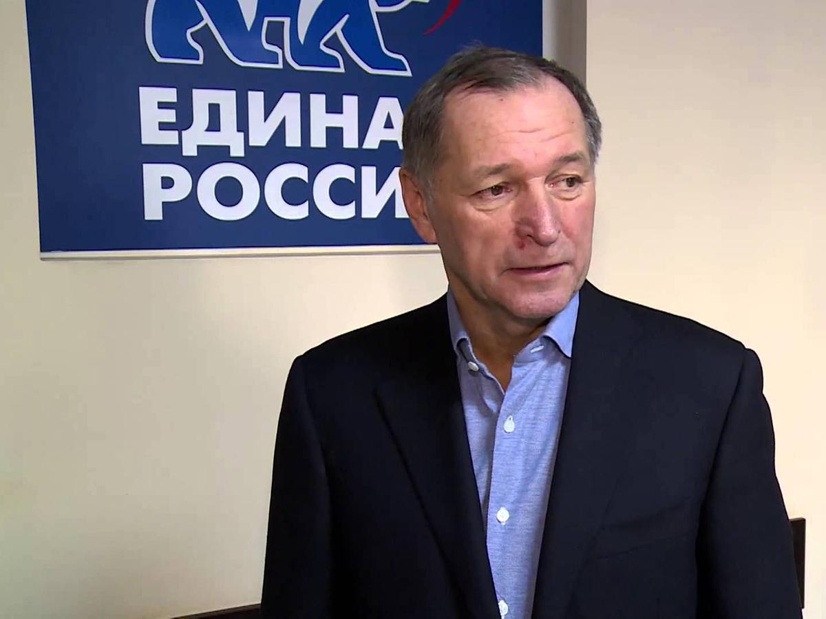 Forbes назвал 100 богатейших российских чиновников