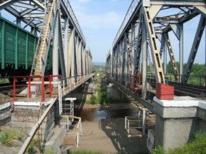 Транссиб обрушился железнодорожный мост