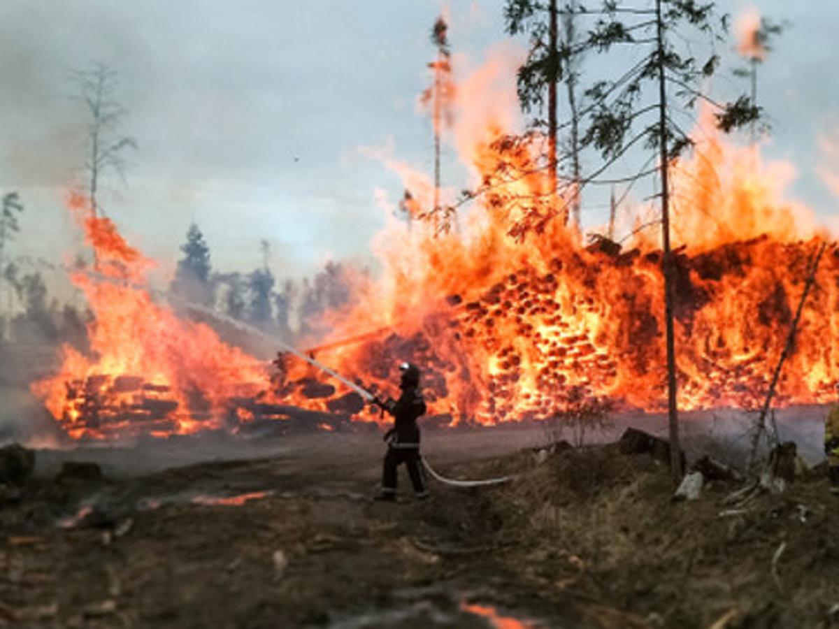 В Якутии пожары зарплата медиков