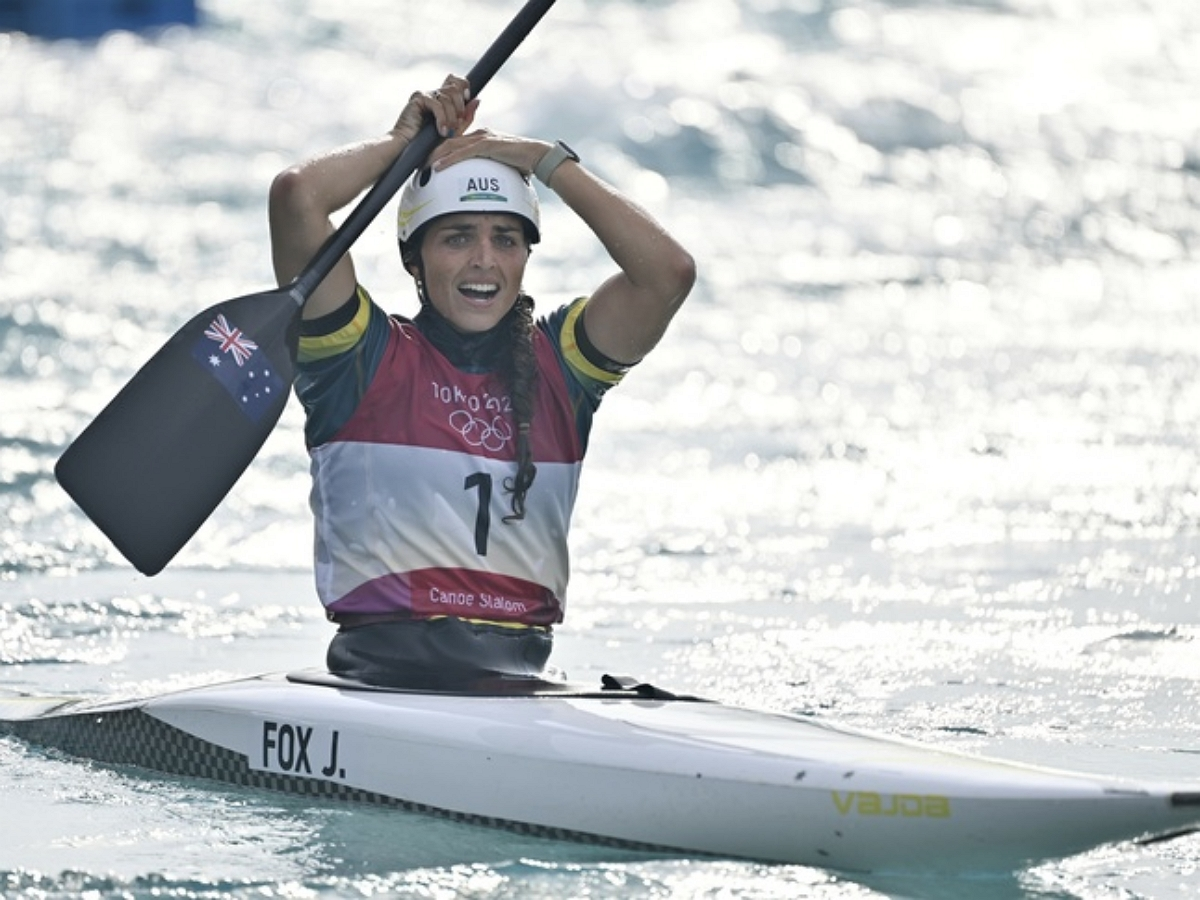 Австралийская призер Олимпиады починила лодку презервативом