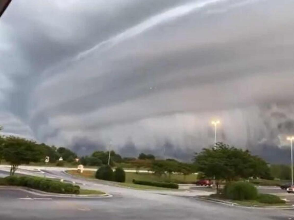 Видео со стеной из облаков набрало 5 миллионов просмотров