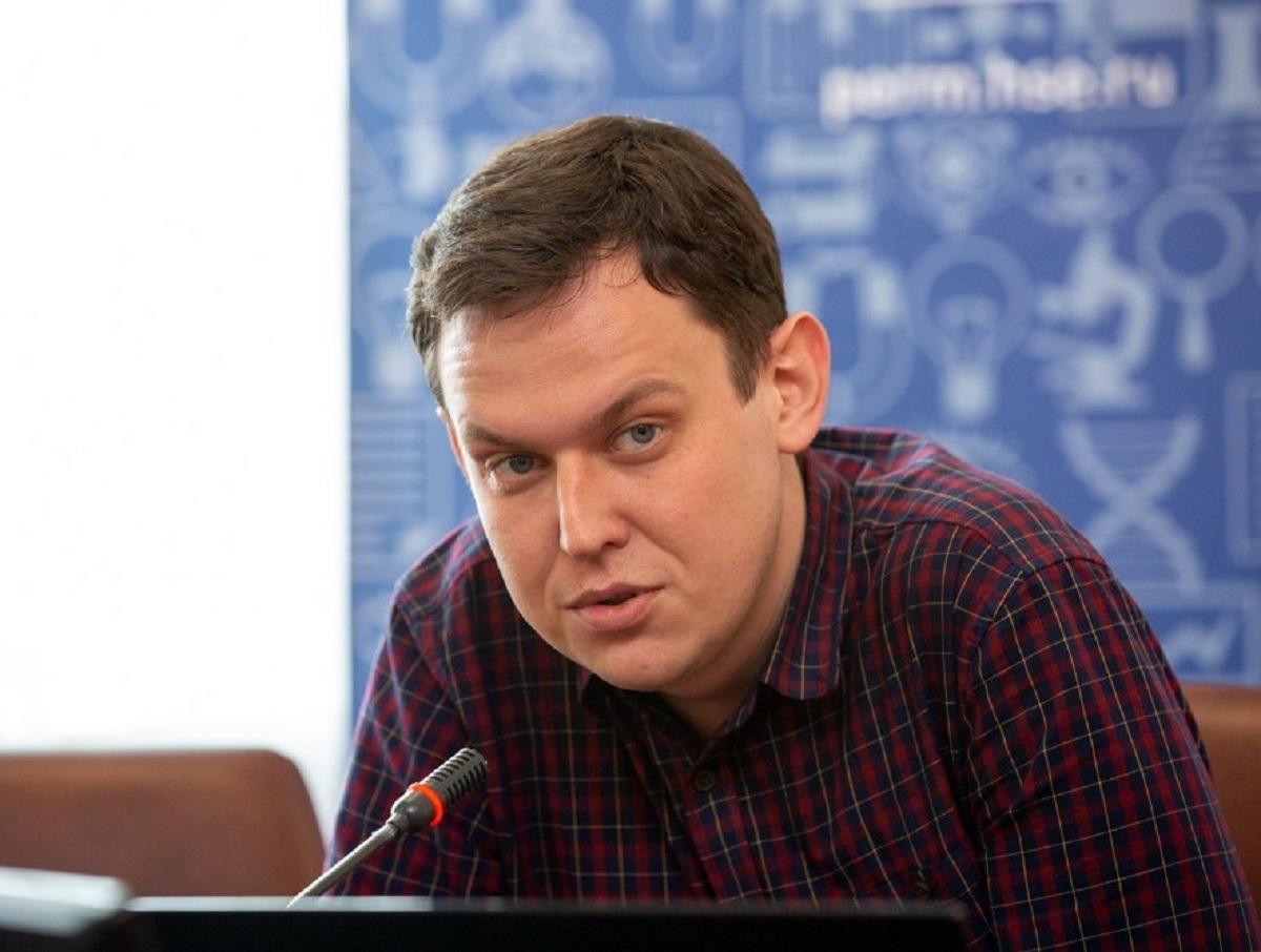 В Новосибирске директора колледжа вызвали на допрос из-за поста в Facebook