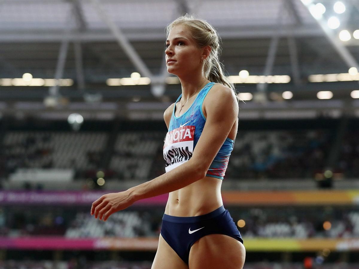 Российская легкоатлетка Дарья Клишина покинула Олимпийский стадион в инвалидном кресле