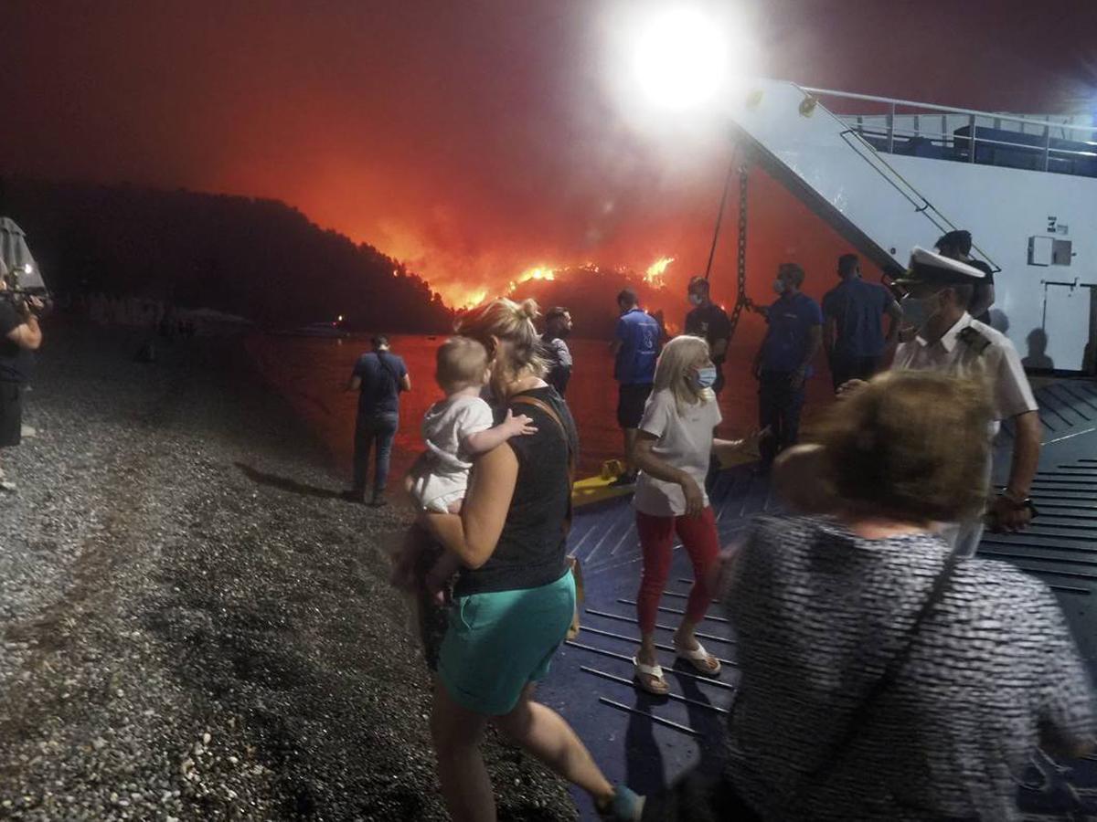 Греция эвакуация пожар Афины