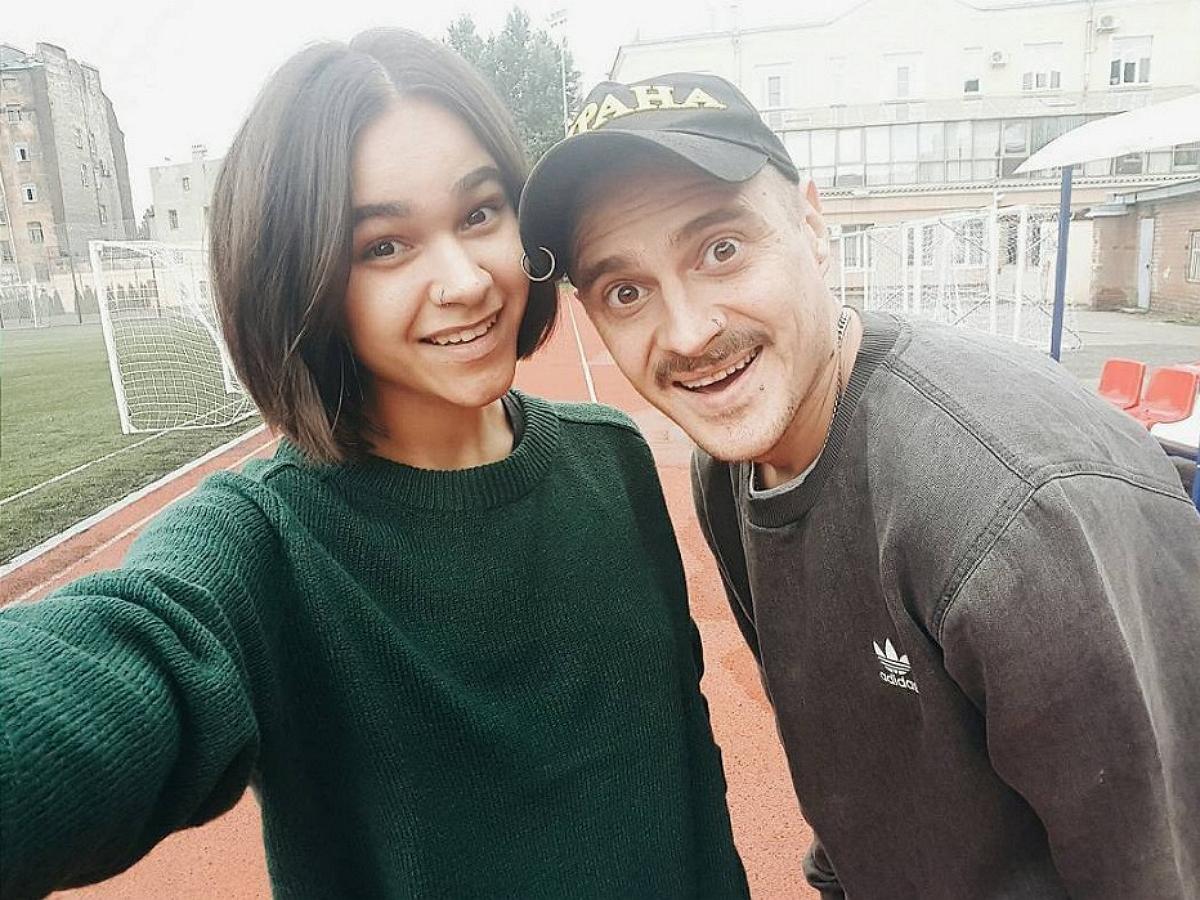 Илью Присукина застали за прогулкой с бывшей супругой Ирой Смелой